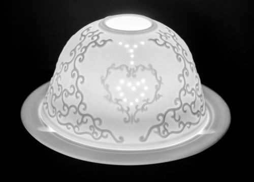 SINGLE HEART DOME TEALIGHT (165220)